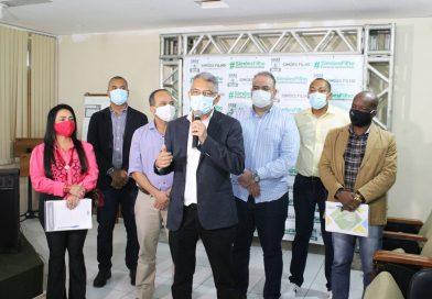 Presidente Orlando de Amadeu representa Câmara de Vereadores em reunião com prefeitos da RMS na discussão de medidas de reabertura do comércio local