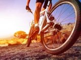 """Ciclistas promovem desafio solidário """"Strava Maio 2021""""."""